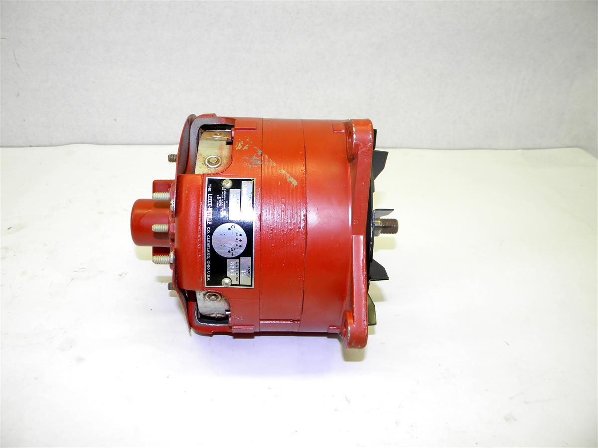 SP-1403 | 2920-00-457-8654 Generator, Engine Accessory, Leeche Neville 28 Volt, 35 Amp Alternator (5).JPG