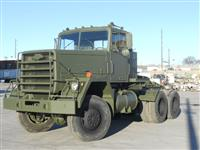 M916 AWD 5th Wheel Tractor