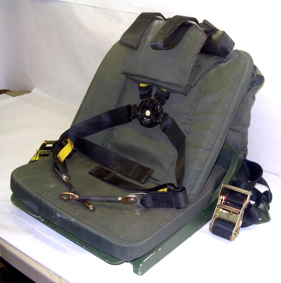 SP-1381 | Gunner Seat with 4 Point Harness with Seatbelt Mounting Bracket (1).JPG