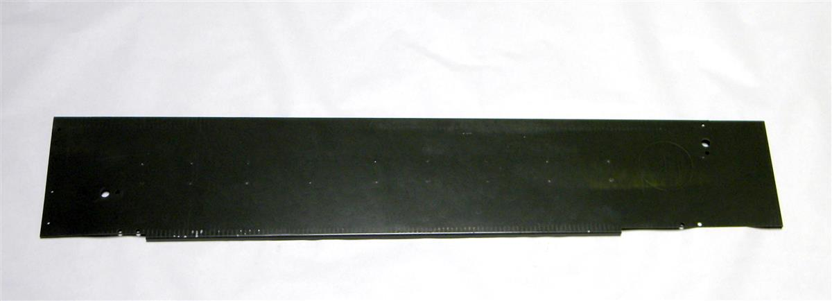 5T-829 | 2510-00-405-1985 Right Hand Hood Side Panel for M809 Series Trucks. NOS.  (3).JPG