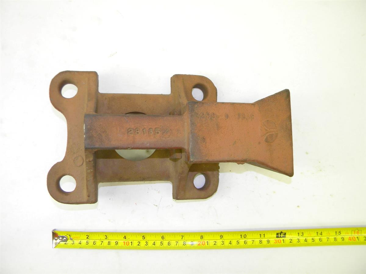M35-398 | 2510-00-040-2180 Bracket, Top Rear Axle Leaf Spring Bracket for M35 Gas, M35A2 and M35A3 Series NOS (3).JPG