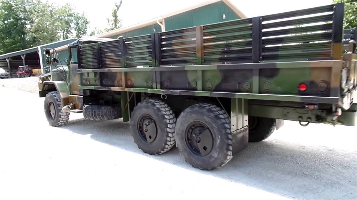 DOOR HINGE 7373284 2.5 TON 5 TON Military truck part NOS M35A2 M813 M818