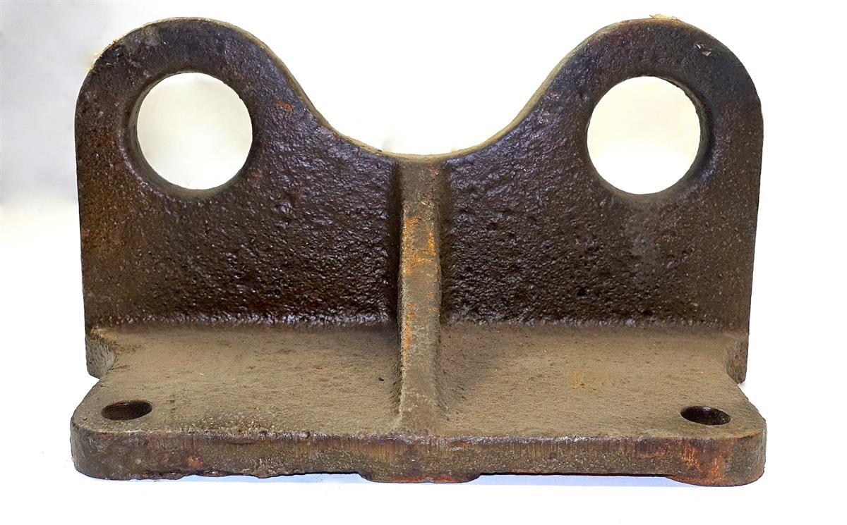 5T-935 | 2510-00-740-9508 Rear Engine Mount Bracket (2) (Large).JPG