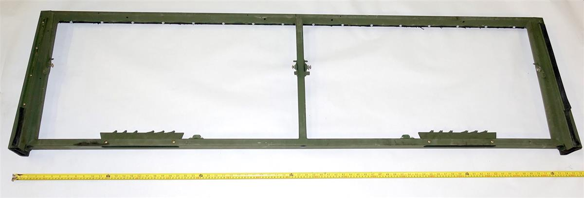 9M-878 | 2510-01-108-9122 M939 Series 5 Ton Outer Windshield Frame (1) (Large).JPG