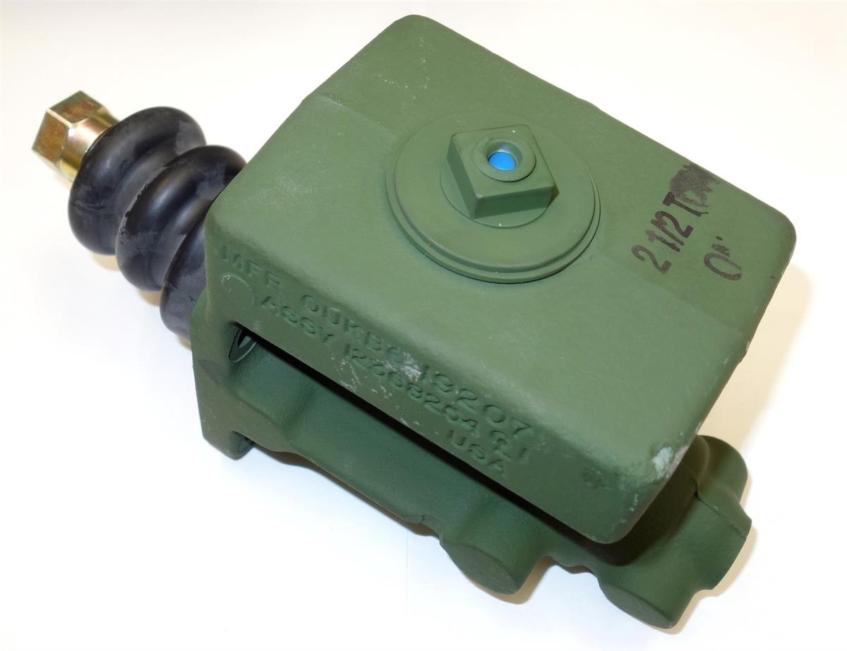 M35-165-MC | 2530-00-753-9267  2 12 Ton Brake Master Cylinder (3) (Large).JPG