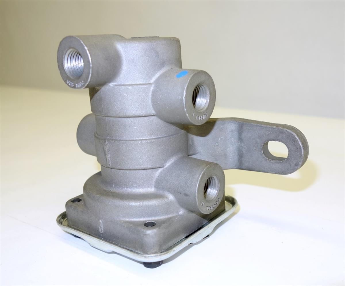 Air Brake System Inversion Valve for M1078 2 ½ Ton Trucks