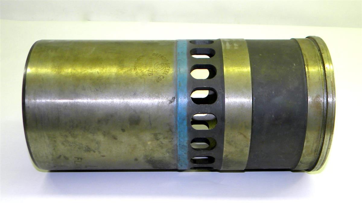 Detroit 8V92 Piston Cylinder Sleeve for M1070, HEMMT Series
