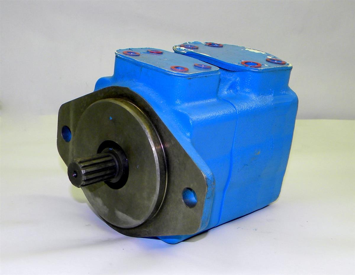 9M-818 | 4320-01-521-6943 Eaton Vickers Hydraulic Vane Pump for M29, M930, M936 Series 5 Ton NOS (6).JPG