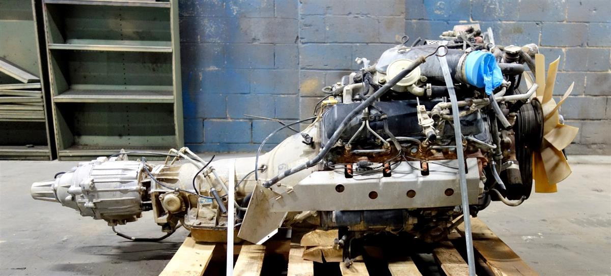 HM-845 | 6.5 Liter GM Non Turbo Diesel Engine with 3 Speed Automatic Transmission and Transfer Case USED (15).JPG