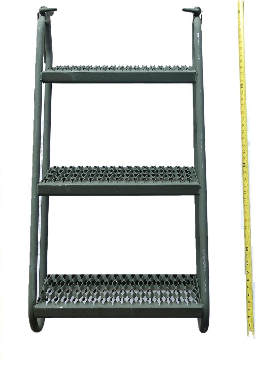 ALL-5136 | ALL-5136 3-Step Boarding Ladder (6) (Large).JPG