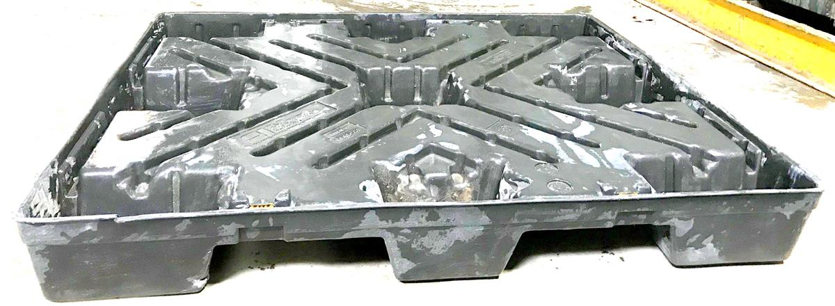 ALL-5256 | ALL-5256  Connecticut Container Corp Pallet Base 40 x 48 for Tri-Wall Box (P2)(2).jpg