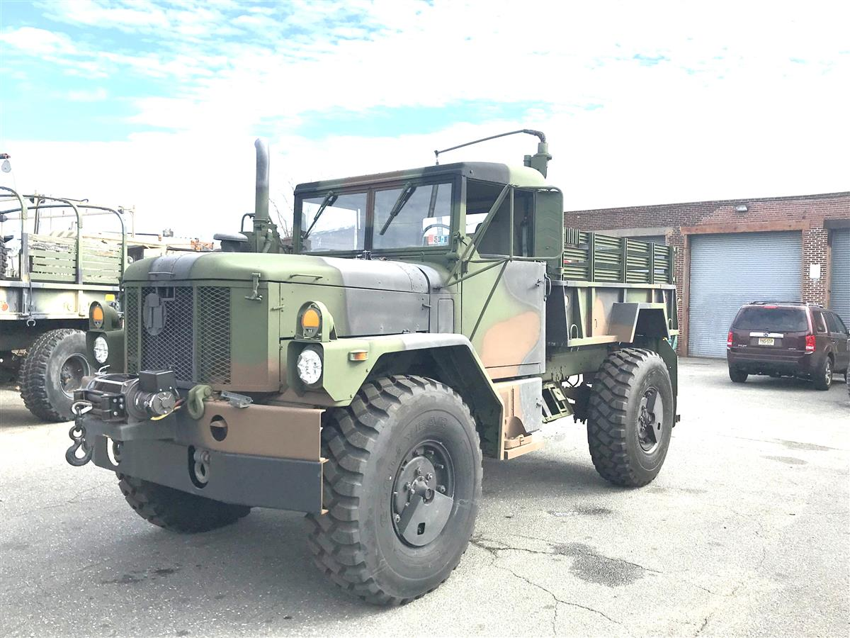 T-09242018-11 | Bobbed AM General M35A3 With 24V Winch (9).JPG