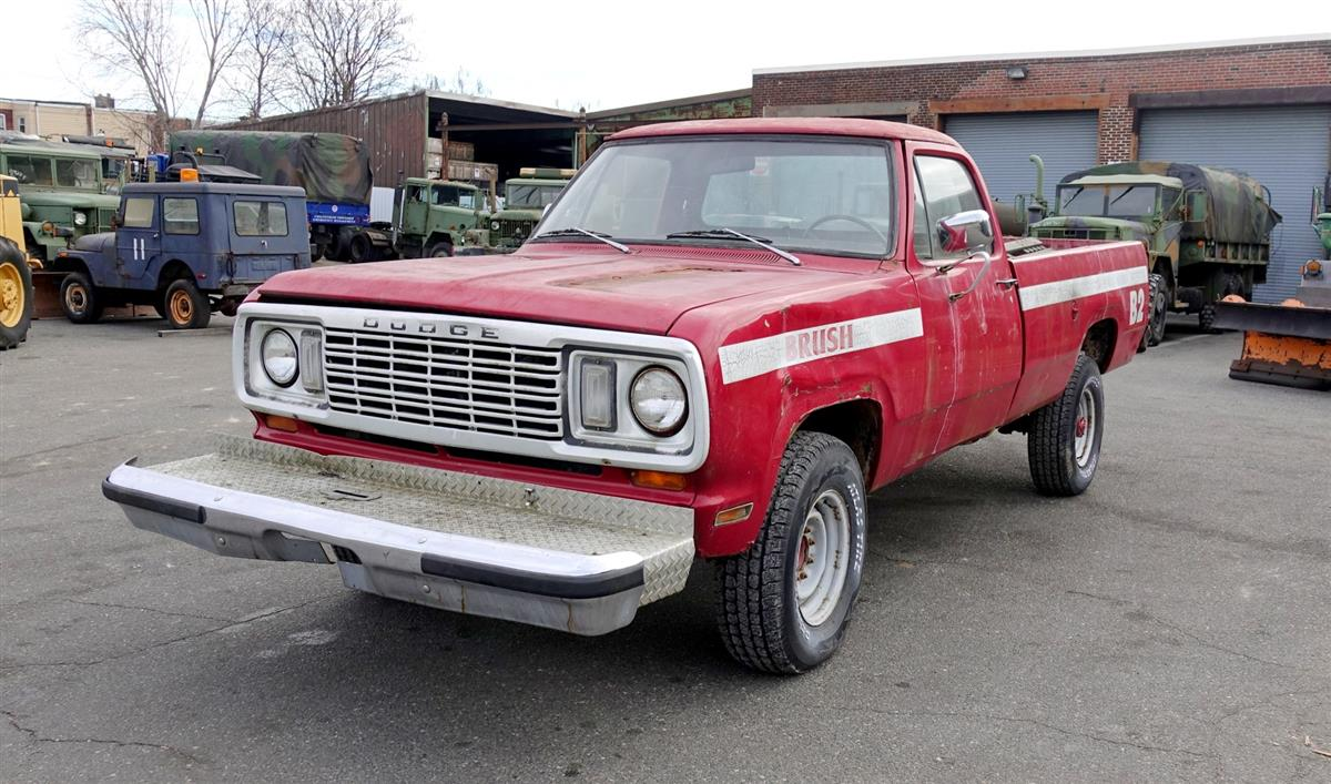 1976 Dodge W200 Model M884 4x4 Pickup