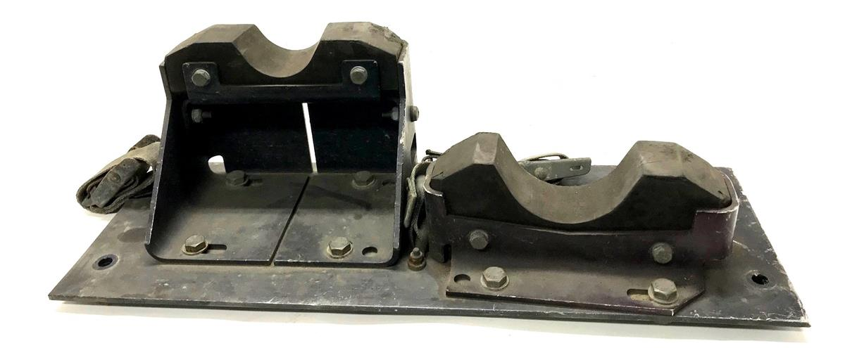 HM-1391 | HM-1391  Front Gun Mount Plate Assembly HMMWV (2)(USED).jpg
