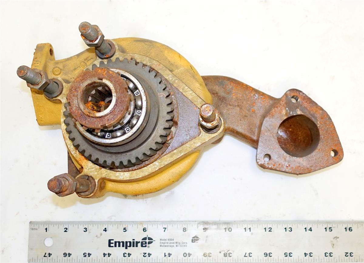 SP-2068 | SP-2068 M520 Goer Engine Coolant Water Pump NOS (3).JPG
