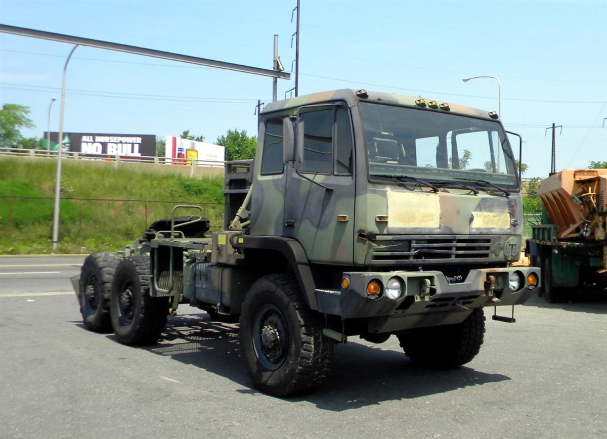 M1088 5 Ton FMTV Tractor-M1088 MTV Tractor (5).JPG