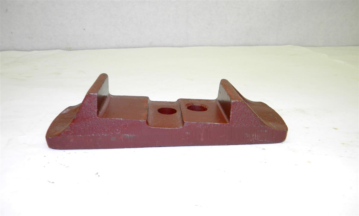 M35-395 | 2590-01-176-9395 Seat, Lower Leg, Perches, Axle Mount for M35A2 Series NOS (3).JPG