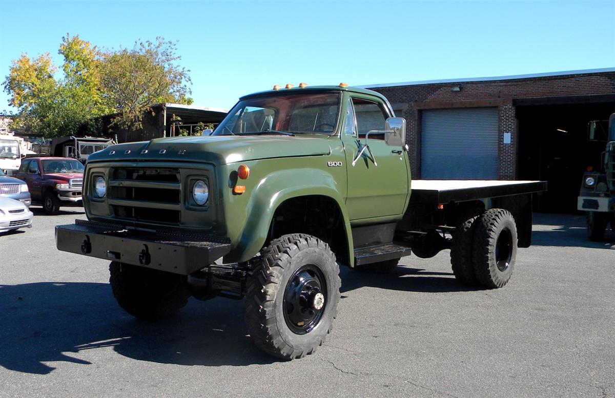 1975 Dodge W600 POWERWAGON 4x4 on 1974 dodge power wagon