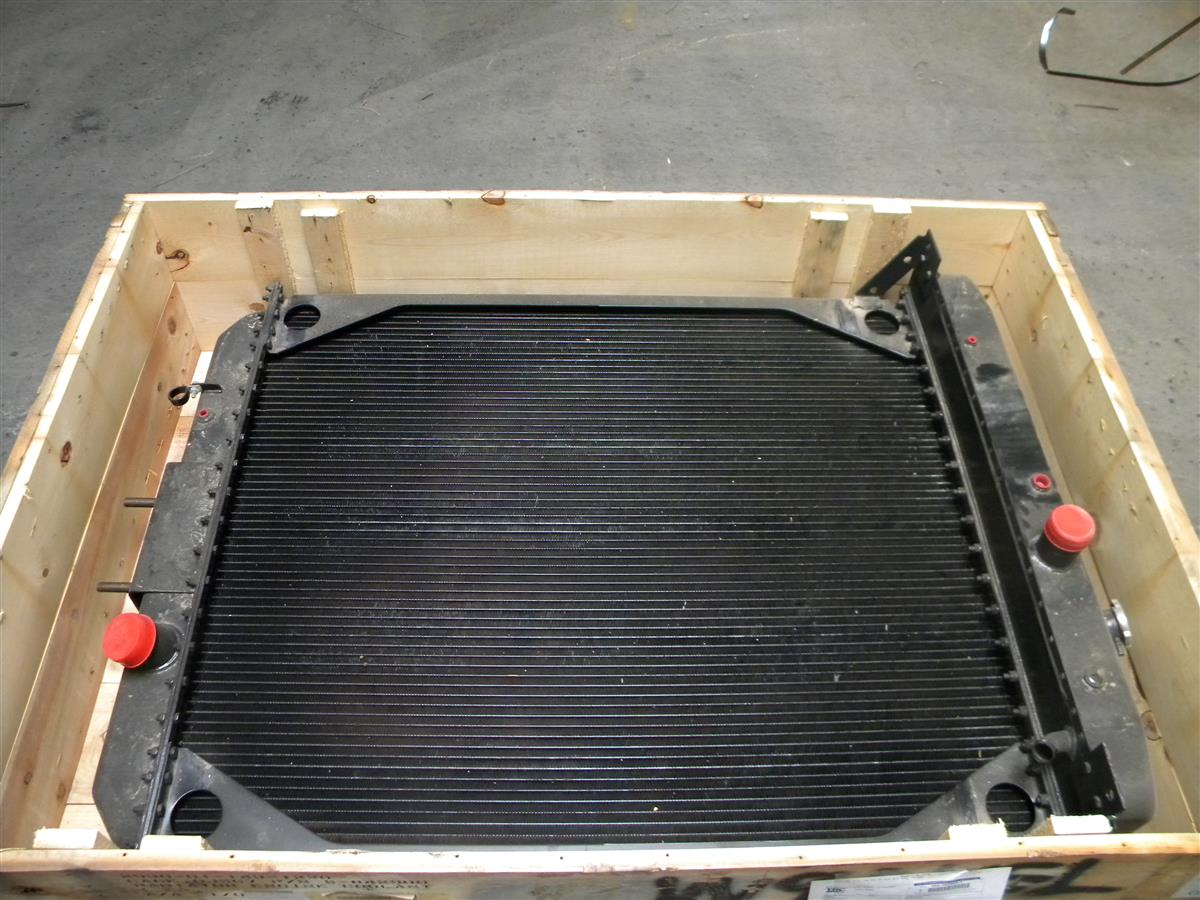 M9-6048 | 2930-01-143-1220 Radiator, Engine Coolant (4).JPG