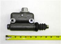SP-1749 | 2530-00-495-8860 Hydraulic Brake Master Cylinder for Willys M38 and M38A1 Jeep (3).JPG