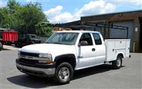 2001 Chevrolet 2500 HD Pick-Up with Service Body