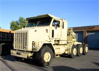 M1070 HET Heavy Equipment Transport Truck Tractor