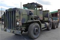 Oshkosh M911 Heavy Equipment Transporter (HET)