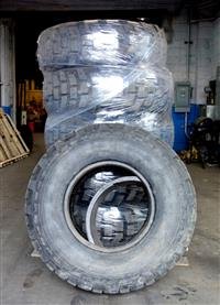 TI-127 | TI-127  Lot of 6 Michelins X 14.5R20 Tires (Lot Sale) (USED) (3).JPG