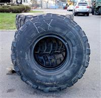 TI-138 | TI-138  Michelin X 14.00R20XL Tire (Lot Sale) 25 Percent Average Tread(USED) (2).JPG