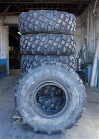 TI-200 | TI-200  Michelin XML 39585R20 Tire with Bead Lock (Lot Sale of 6) (USED) (2).JPG