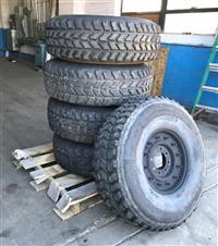 TI-257 | TI-257 Goodyear Wrangler MT 37x12.50R16.5LT Tire Mounted on 8 Hole  12 Stud Rim (5 Tire Lot Sale) (USED) (5) (Medium).JPG