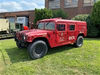 M998 Four Man HMMWV Rescue with Helmet Hard Top and X Hard Doors