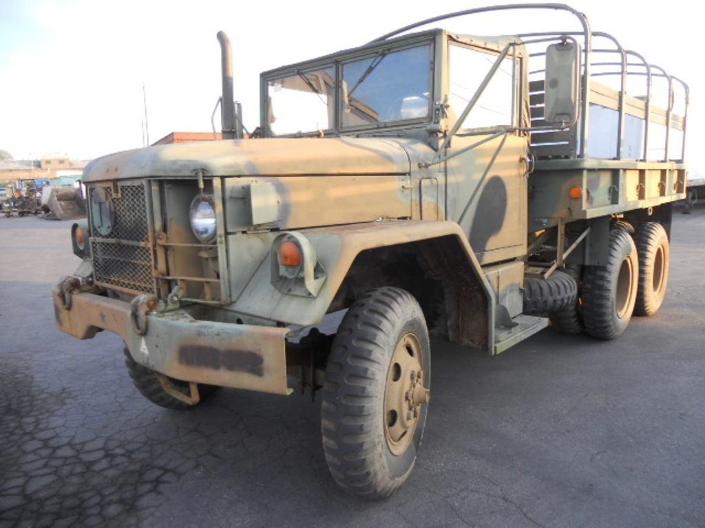 foreign military surplus vehicles for sale autos post. Black Bedroom Furniture Sets. Home Design Ideas
